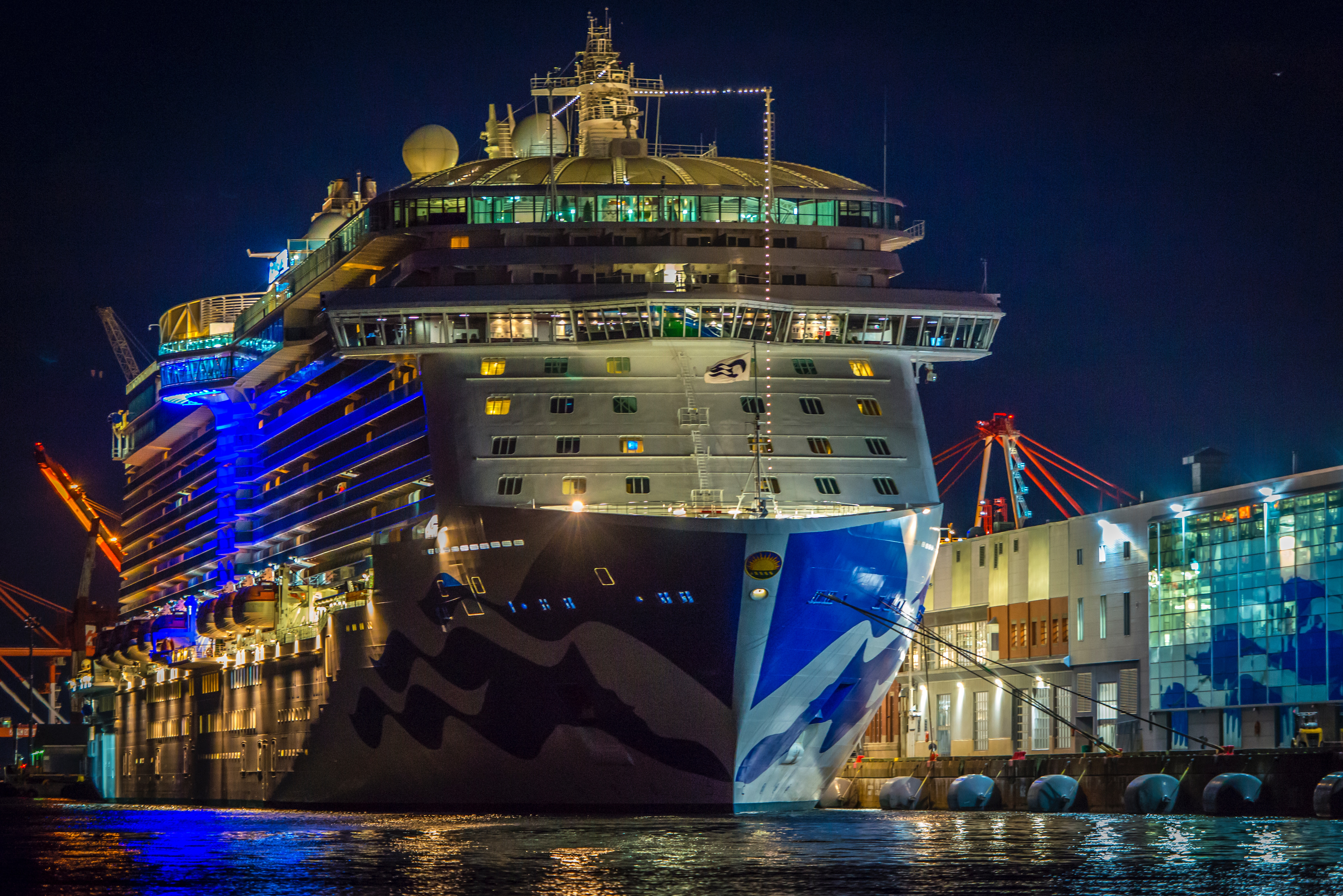How to communicate aboard royal Caribbean