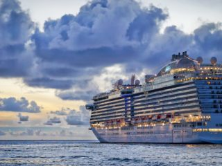 Do walkie talkies work on a cruise ship?|Guide for cruisers